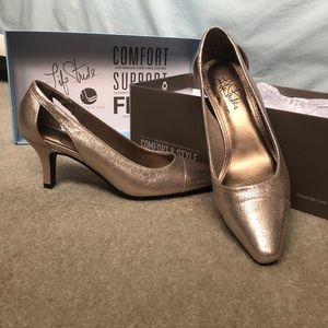 Gold heels never worn